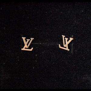 18k yellow solid gold stud earrings